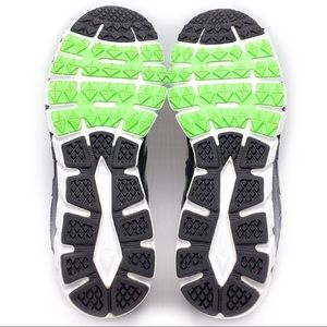 New Balance Shoes - New Balance 750 V2 Running Shoes